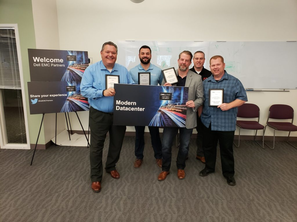 Aaron Bradd and his team winning the case study challenge for Modern Datacenters with Dell EMC.